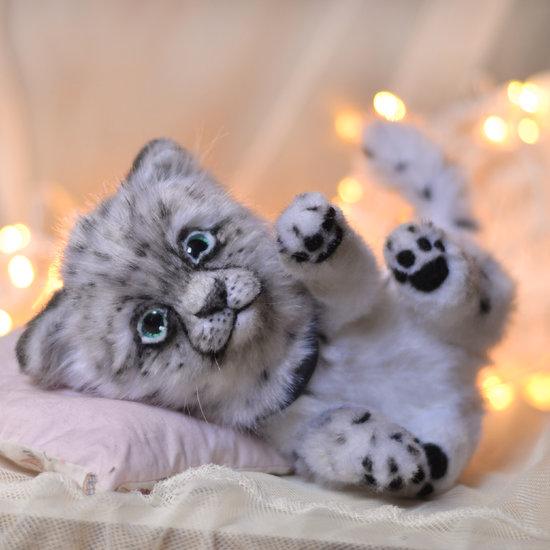 Snow leopard Tai lung by Nadya Yuditskaya